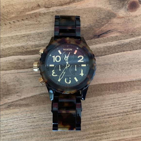 Nixon Accessories - Nixon tortoise shell watch